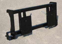 Model 835190 Adapter Plate Attaches Loaders used on these tractors:  Versatile 160, 256, 276, and Ford 9030 bi-directional tractors