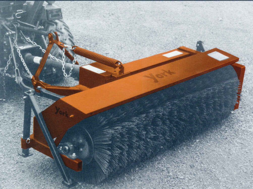 Sweeper - Tractor Mount