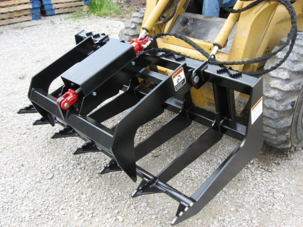 ETG Series Skid Steer Tine Grapple In Closed Position